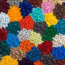 Plastique granules-min